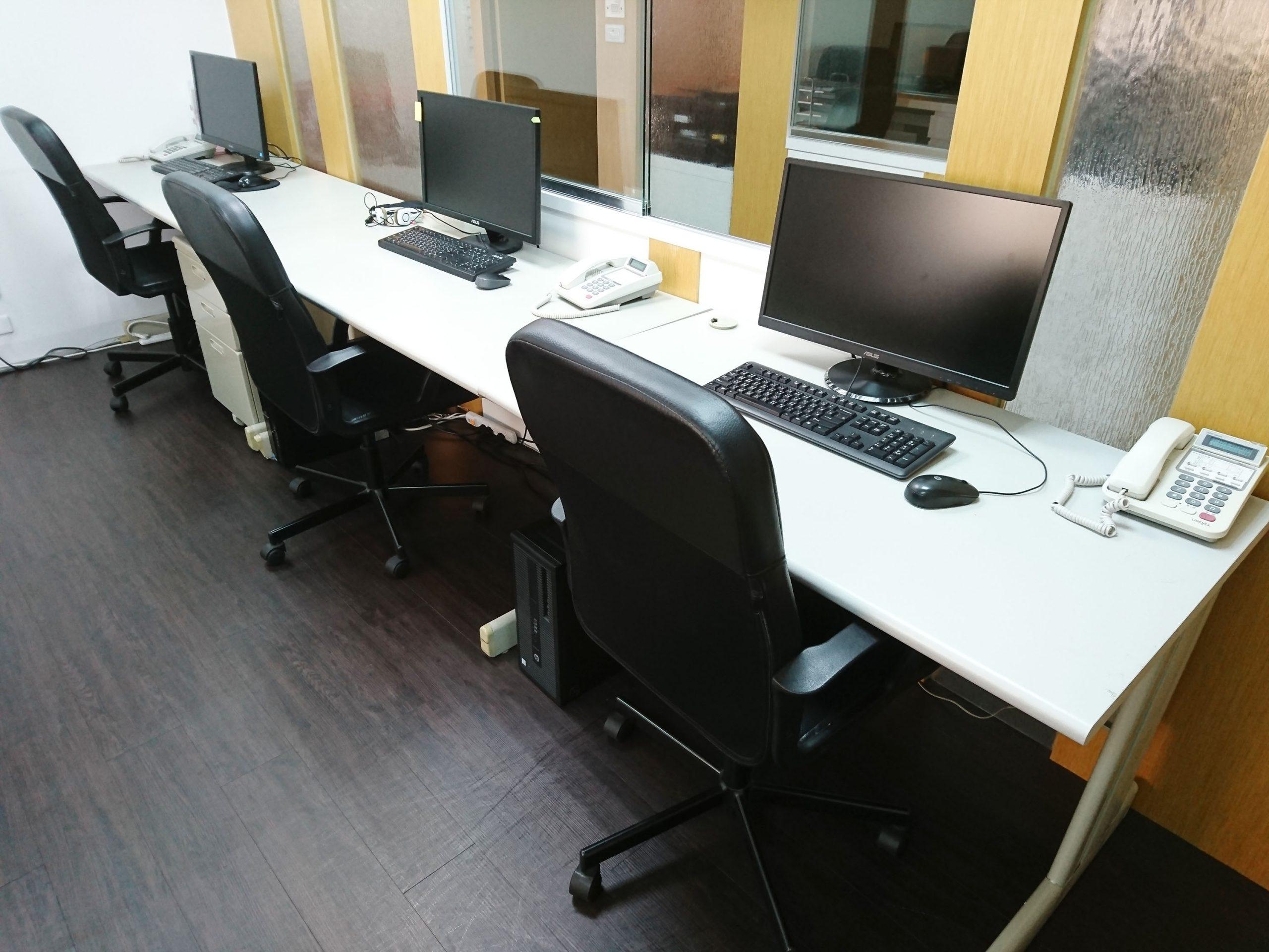 獨立辦公桌